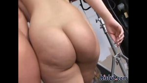 13 Min AlexisTexas And Her Friends Gives A Good Handjob To A Lucky Guy