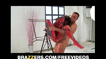 Hot Babe Veronica Avluv Gets Crazy During Photo Session And Fucks Her Photographer