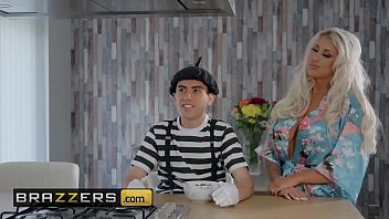 Jordi El Nino And Brooklyn Blue Milf Porn Video Of Brazzers.com
